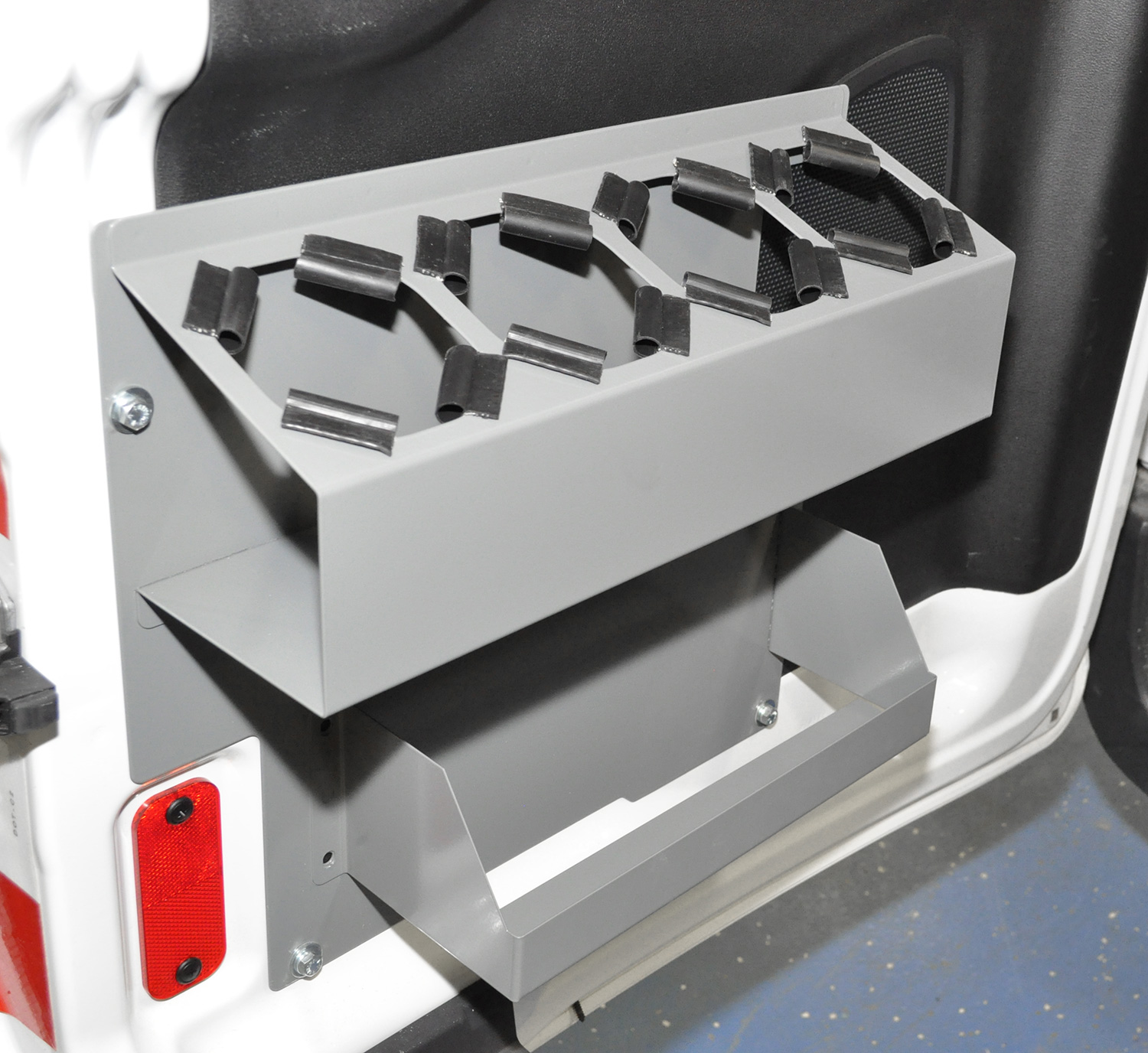 This box holder and aerosol can tray holder features a quiet kit so the aerosol cans do not rattle.